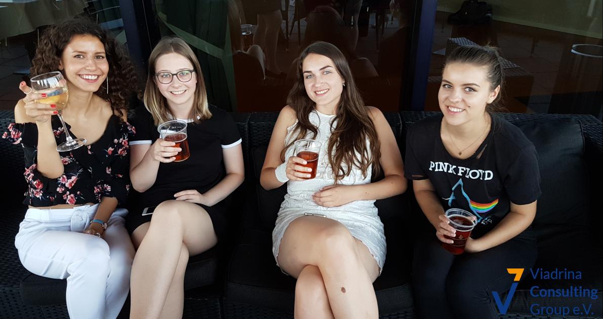 Gruppe Mädels